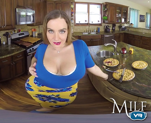 Natasha Nice VR MILF Porn