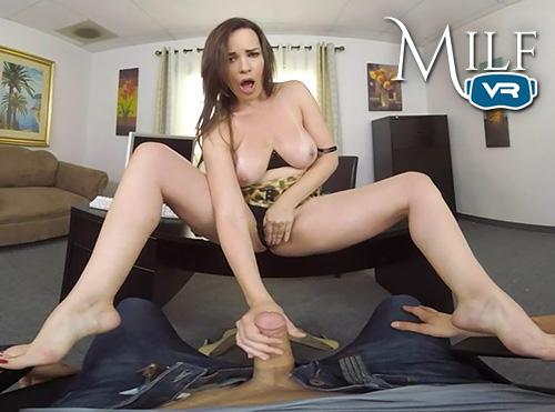Dana DeArmond horny MILF VR porn