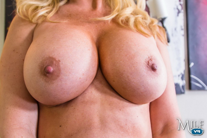 MilfVR - Happy MILF's Day ft Janna Hicks - 04